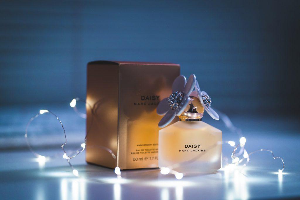 perfumy z karmelem